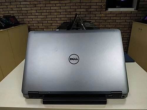 Dell M2800 Pro
