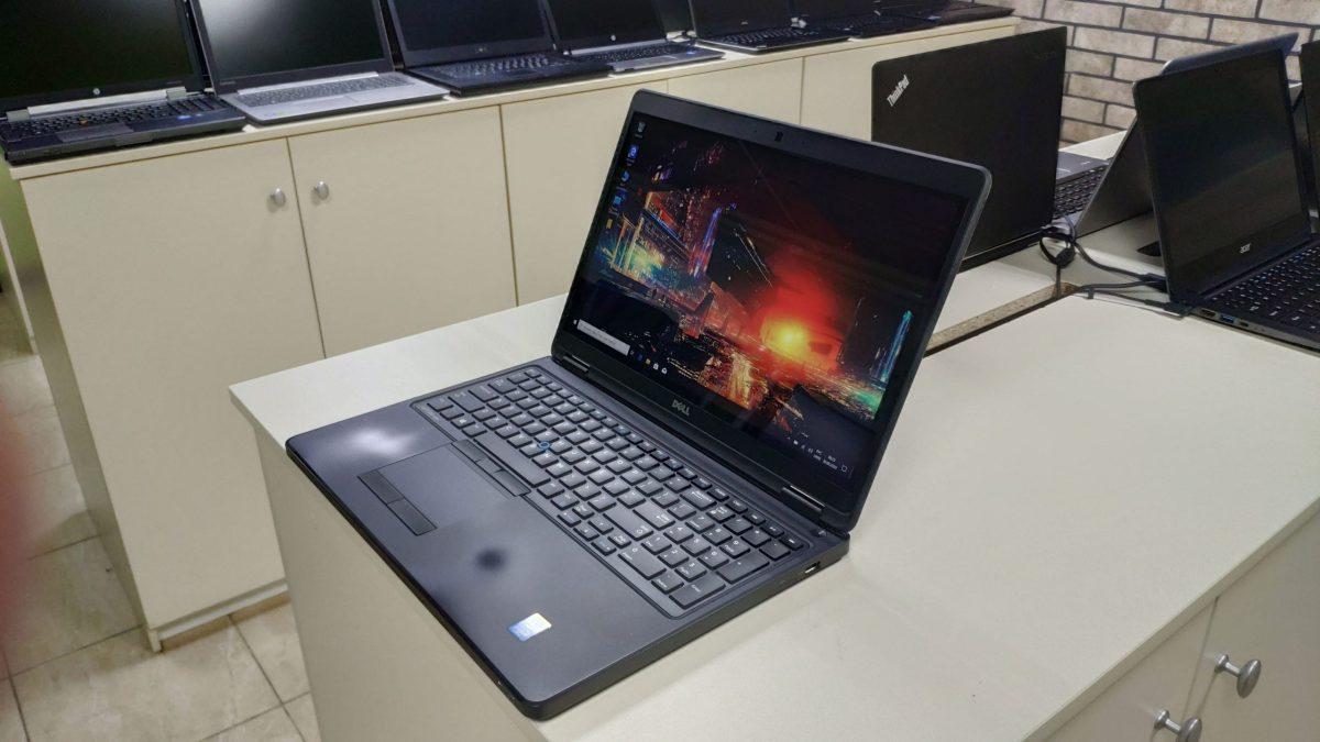 Dell e5550 Touch