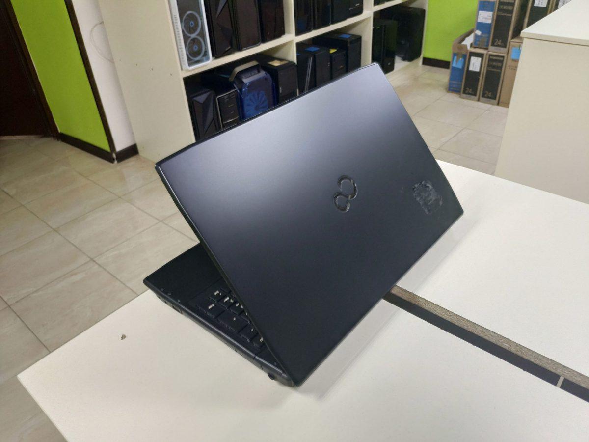FujitsuLifebookA544