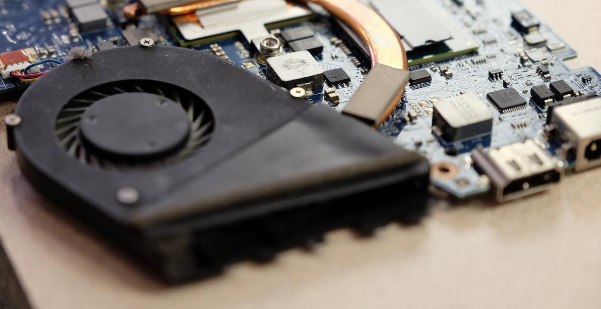 Устранение шума в ноутбуке