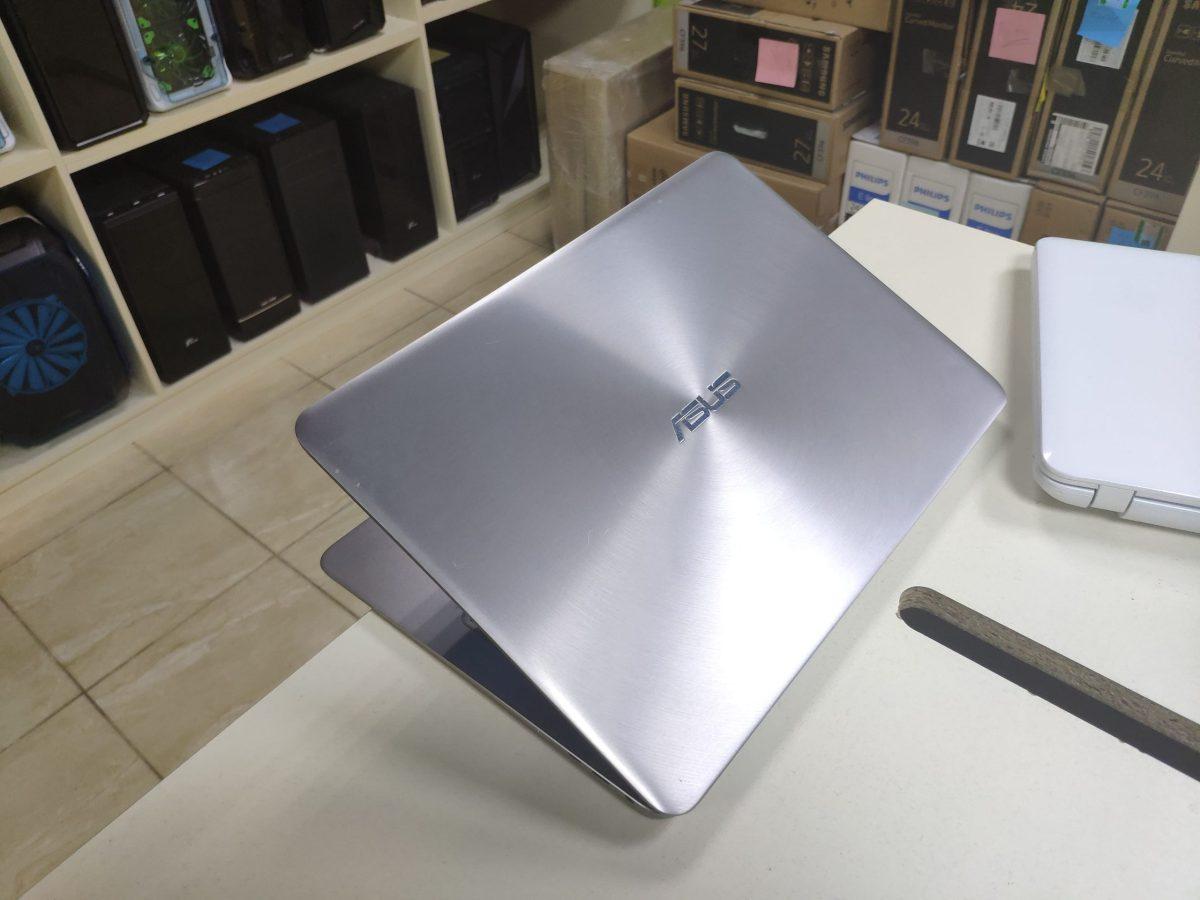 Asus Zenbook UX 306U