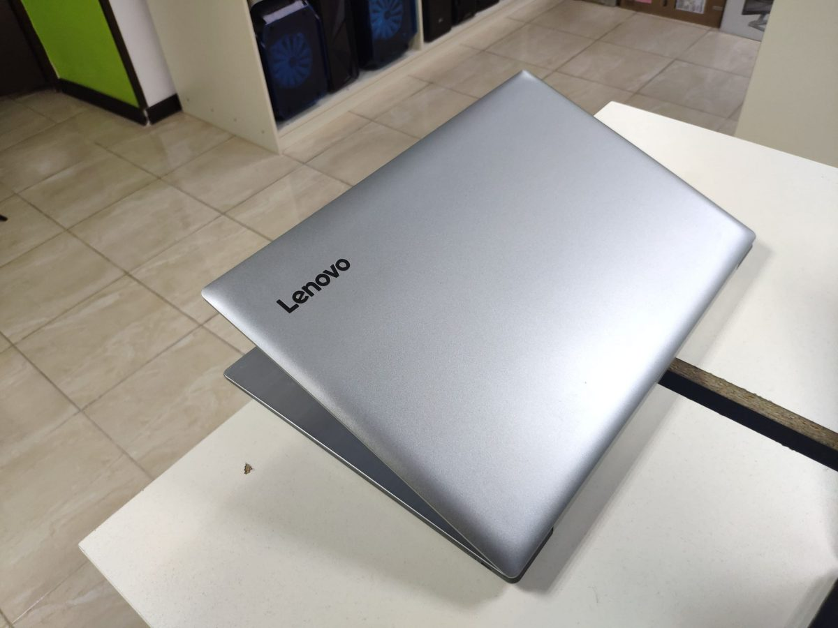 Lenovo 320