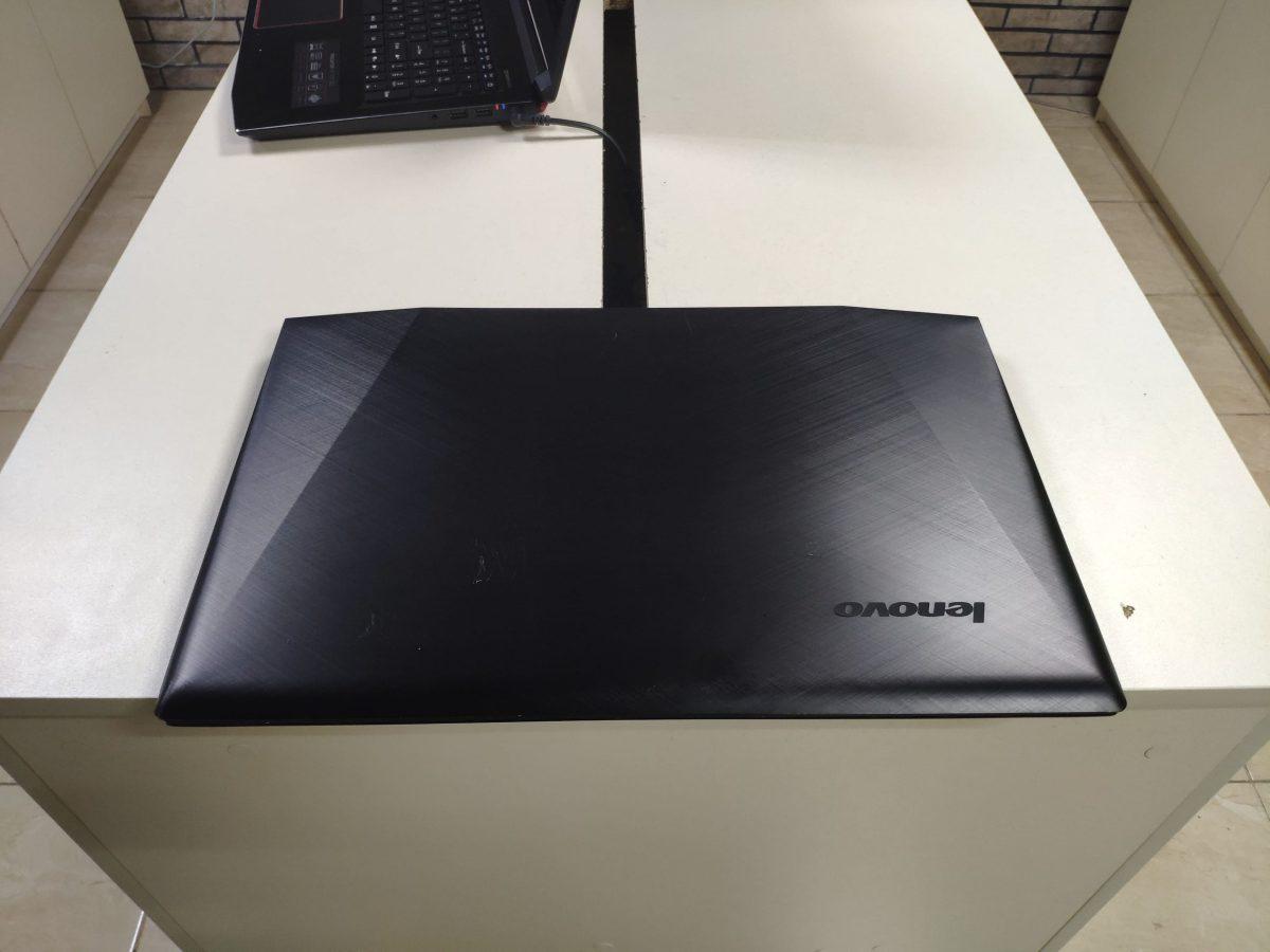 Lenovo Legion y70-70 Touch