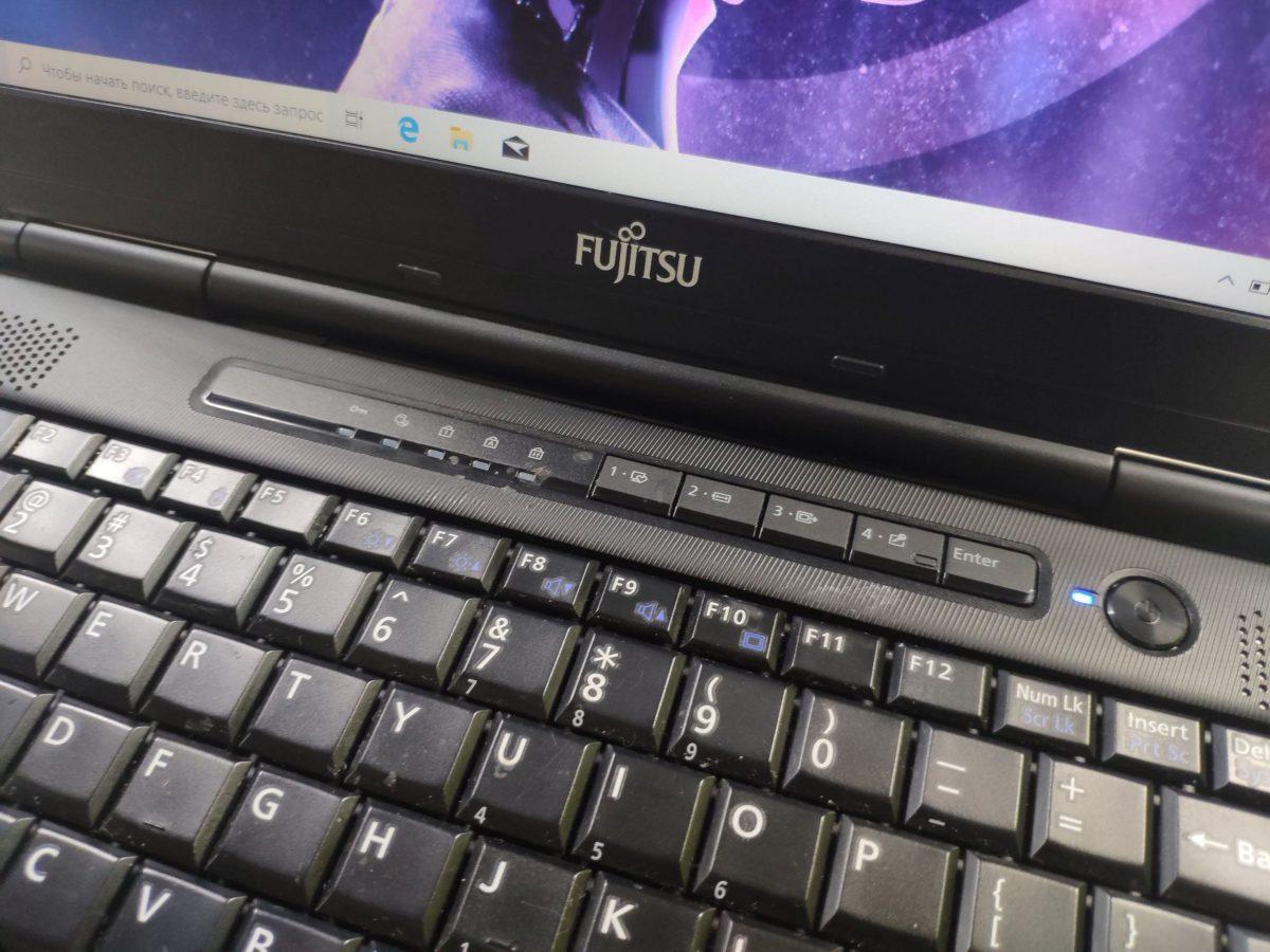 Fujitsu S752