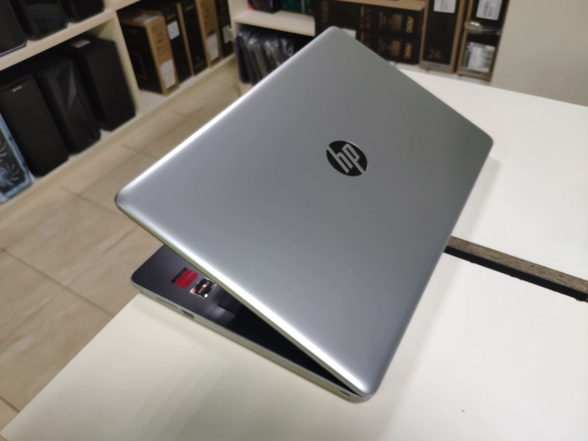 HP 15 2020