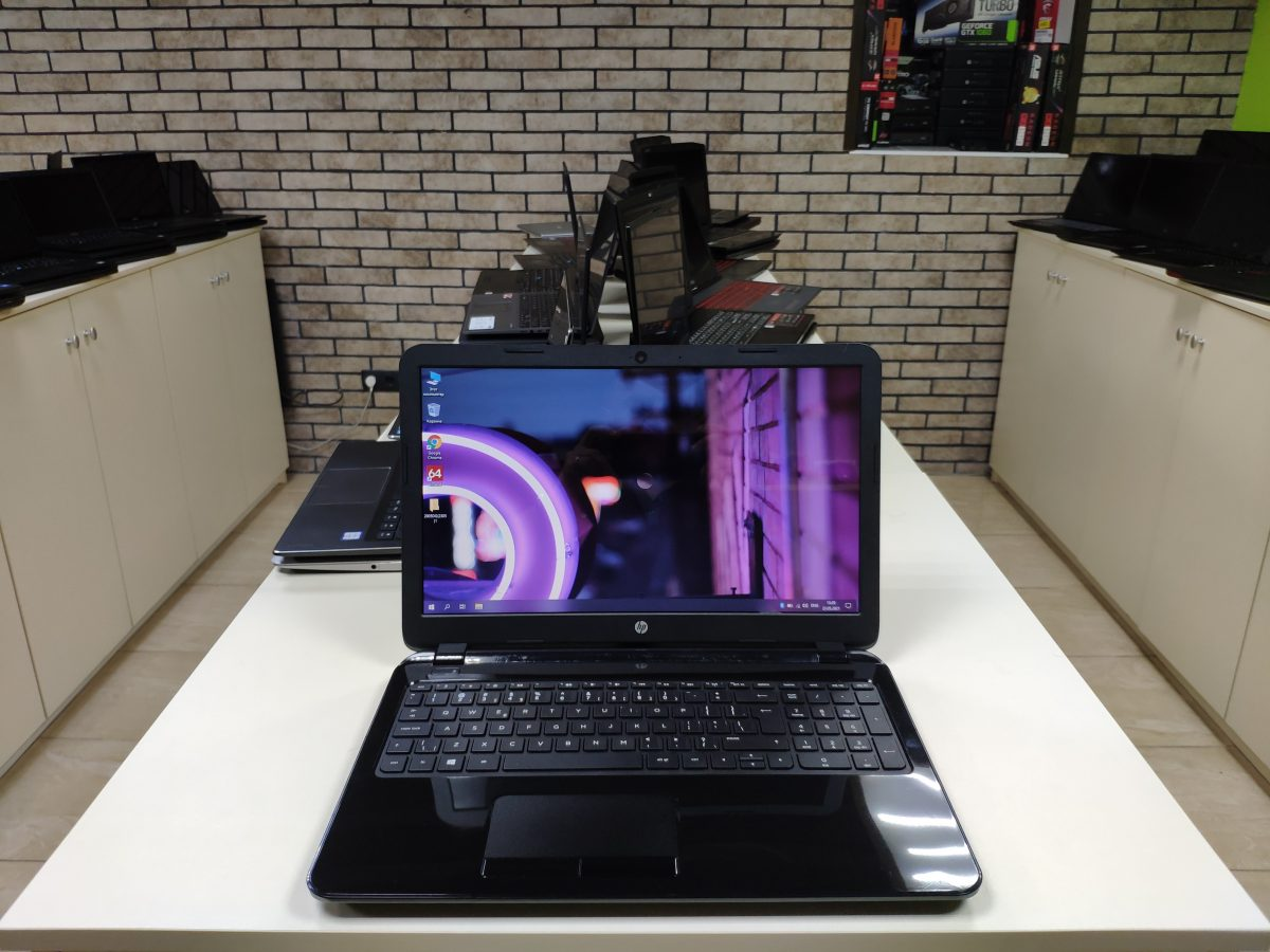 HP 15-g213ur