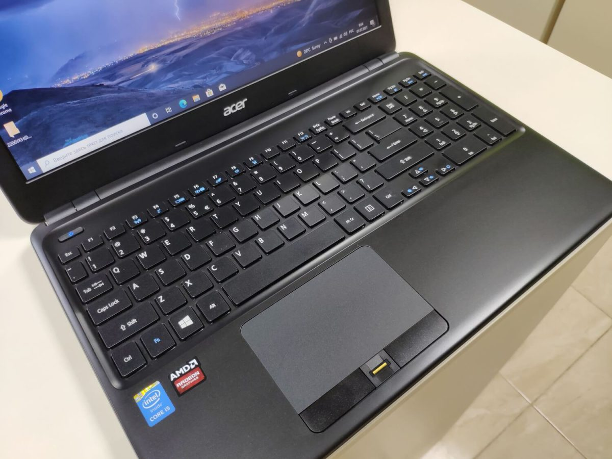 Acer TravelMate P455