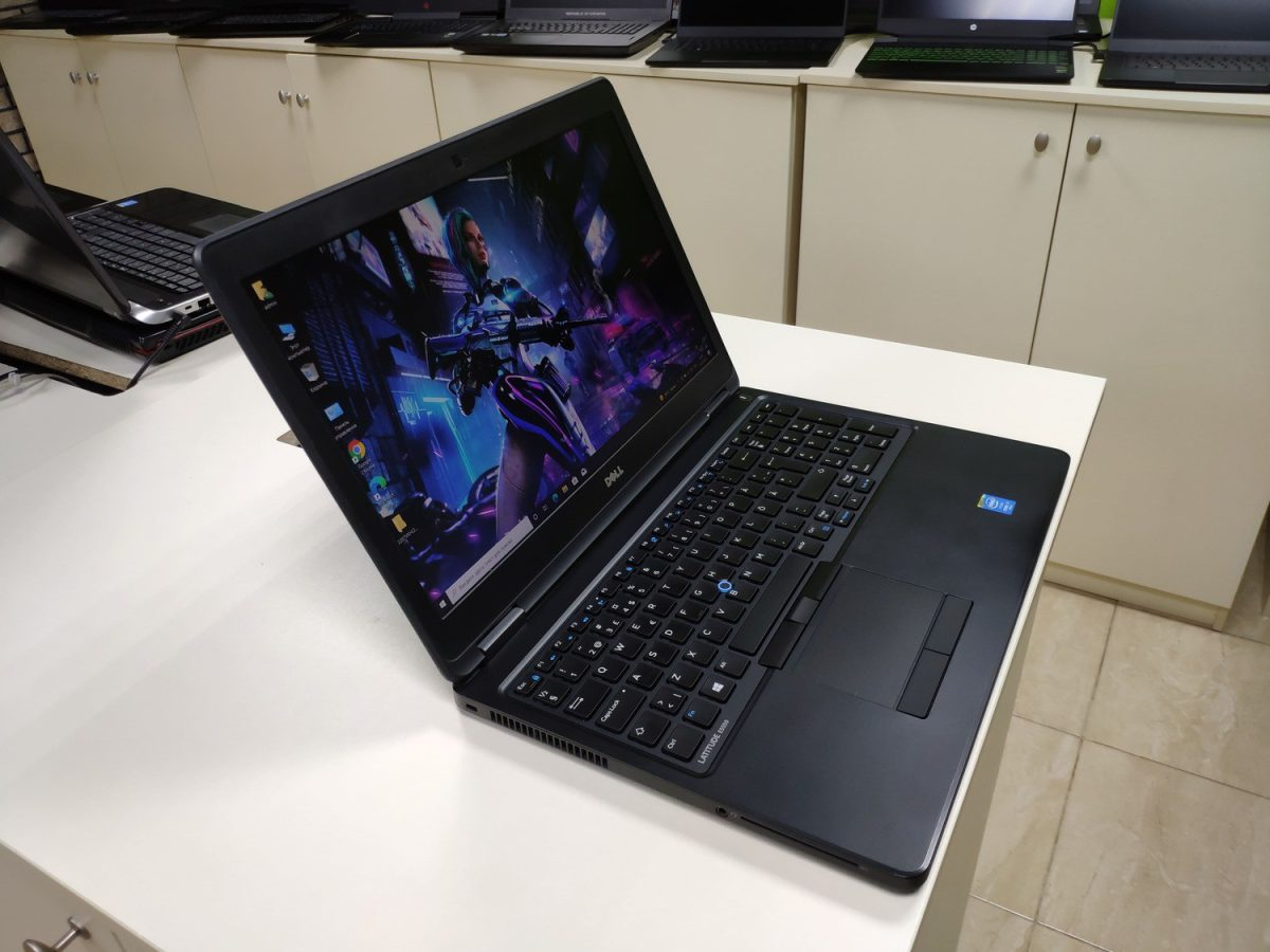 Dell Latitude E5550