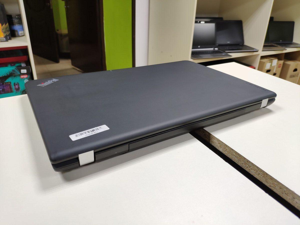Lenovo E555
