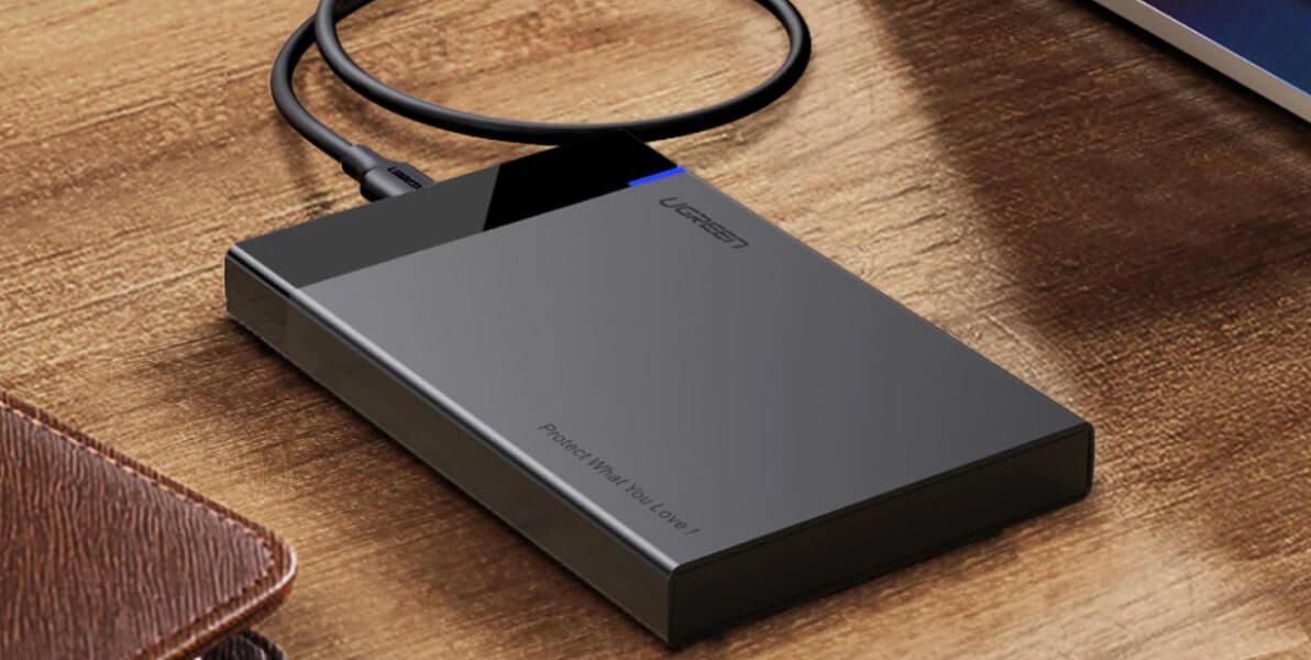 Внешний USB-накопитель